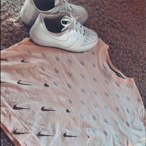 Nike Cropped T Shirt